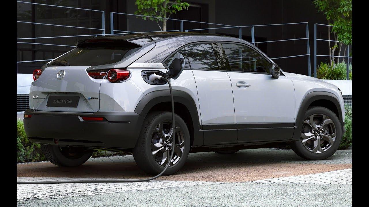 Mazda MX-30 2020 - спортивный, веселый кроссовер в стиле купе.