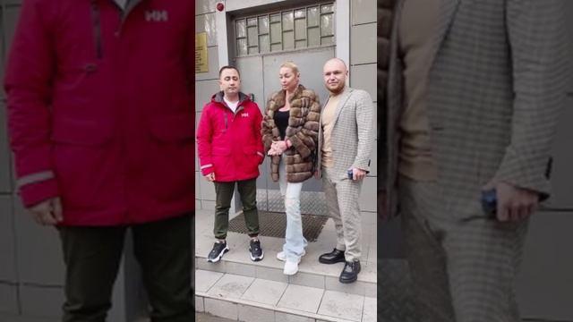 Волочкова заявила об уголовном деле против соседей