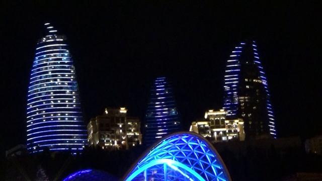 Баку Вечерняя прогулка 2.mpg