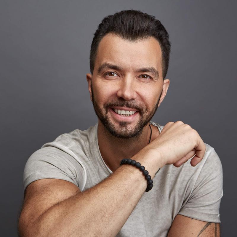 Dенис Клявер